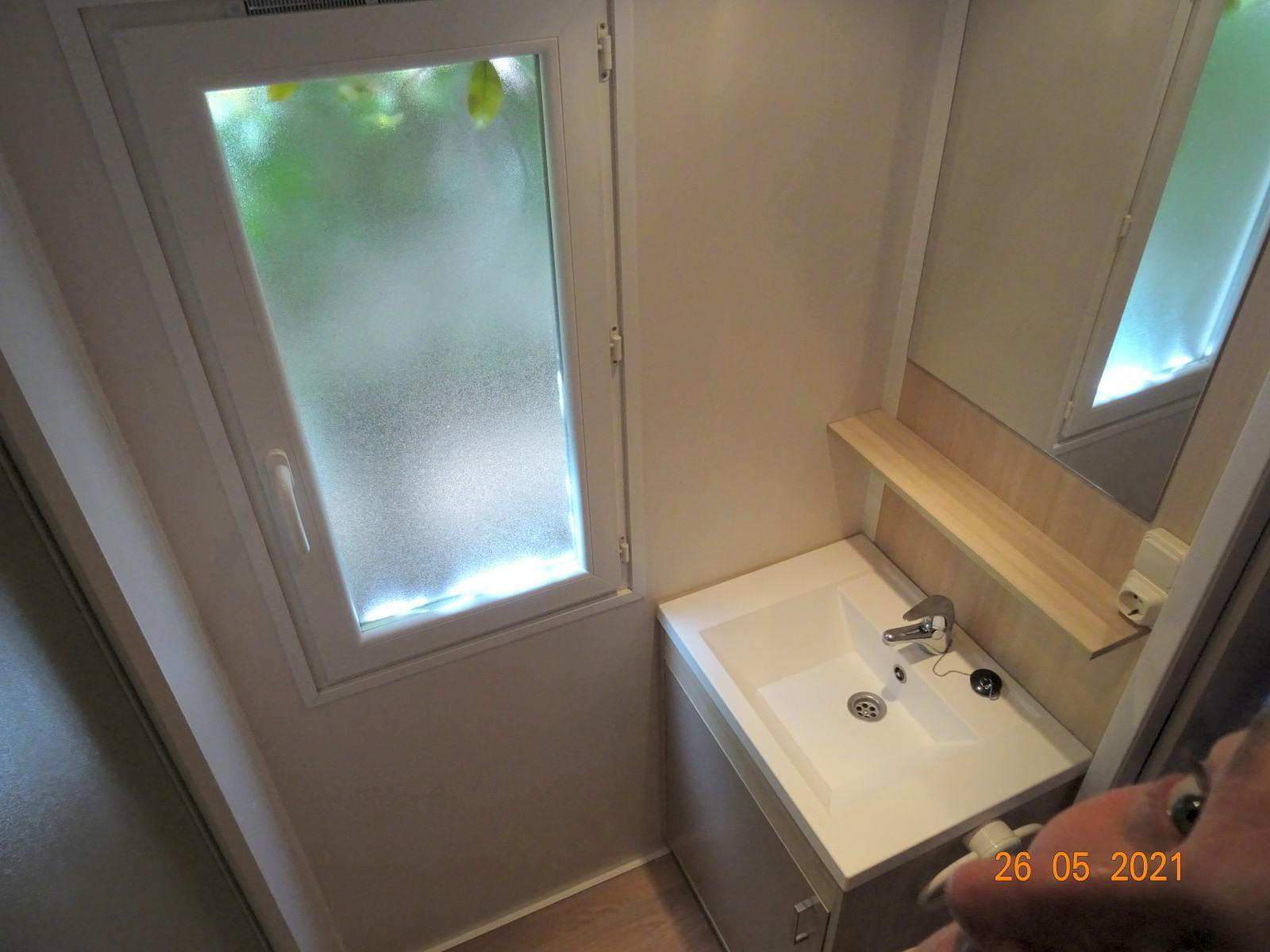 Mobilheim mit 3 Schlafzimmern und Bad
