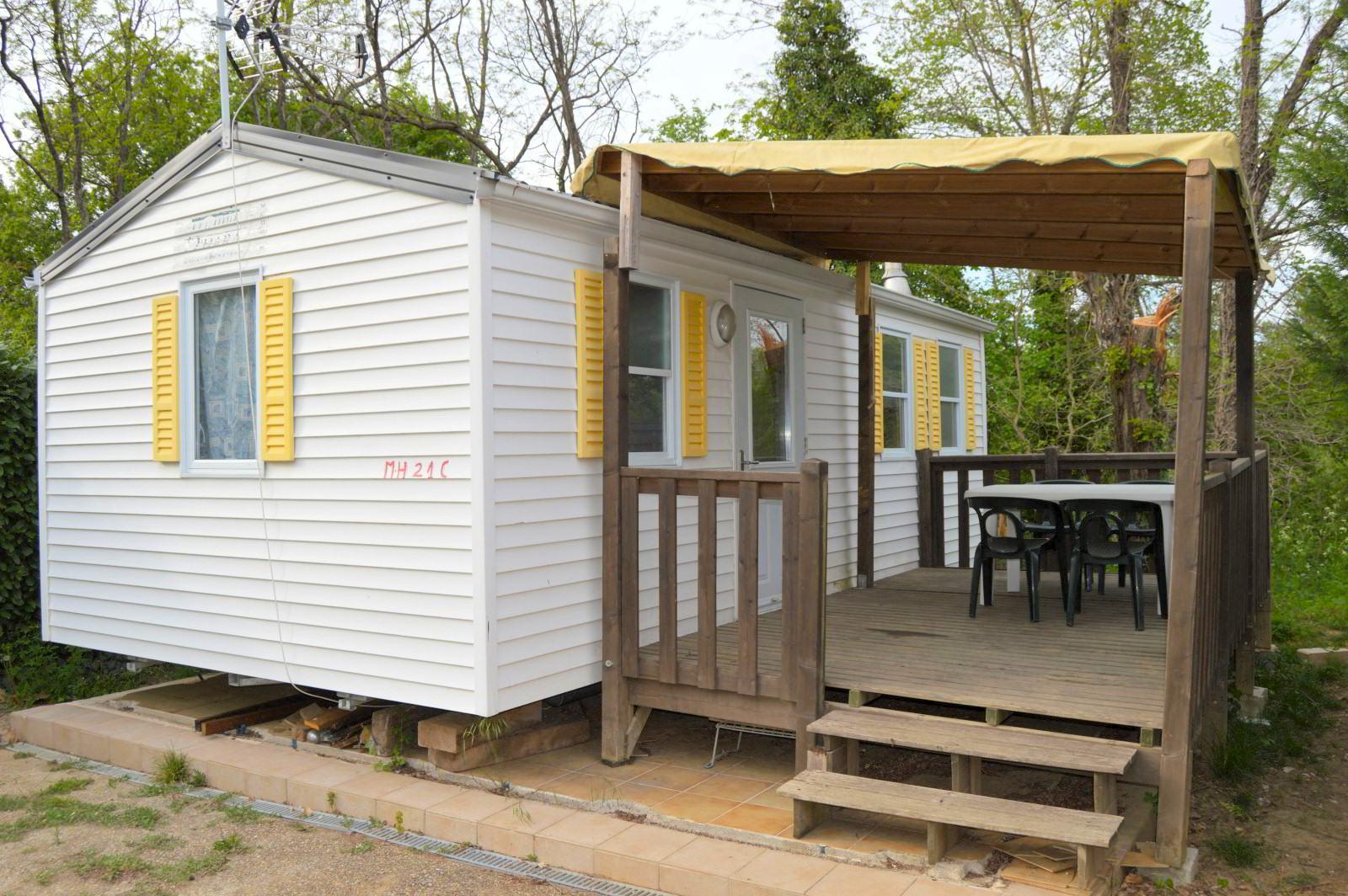 Mobil-home pour toute la famille au camping international de Pradons