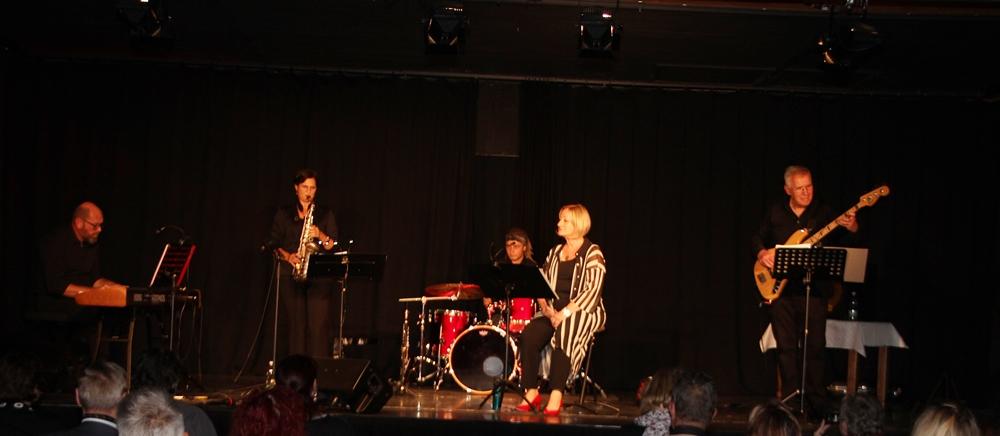 It´s Swing- und Jazz-Time mit Regine Pawelka & dem L.E. Quartett (c) Raimund Pawelka
