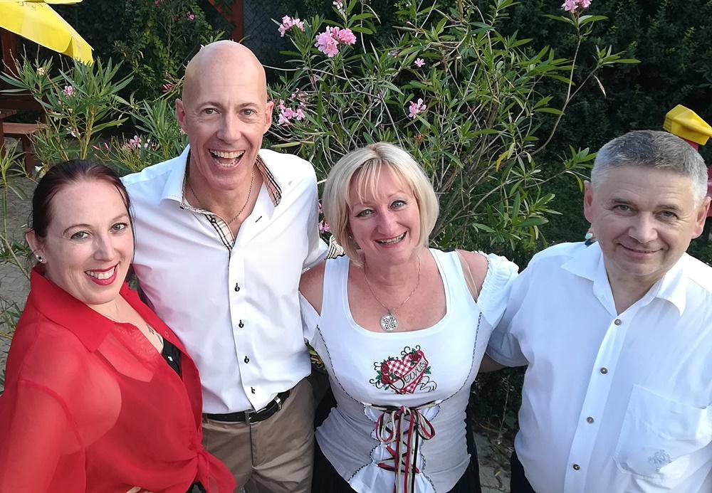 Sommerfest des KOBV - Der Behindertenverband OG Gänserndorf - Wienerlieder und Evergreens mit dem SingingDREAMTeam und Michael Perfler 2018