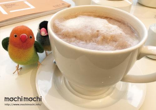 教会が運営するカフェでホットチョコレートを一杯。 この温かさが身に染みました…ありがとうございます…。
