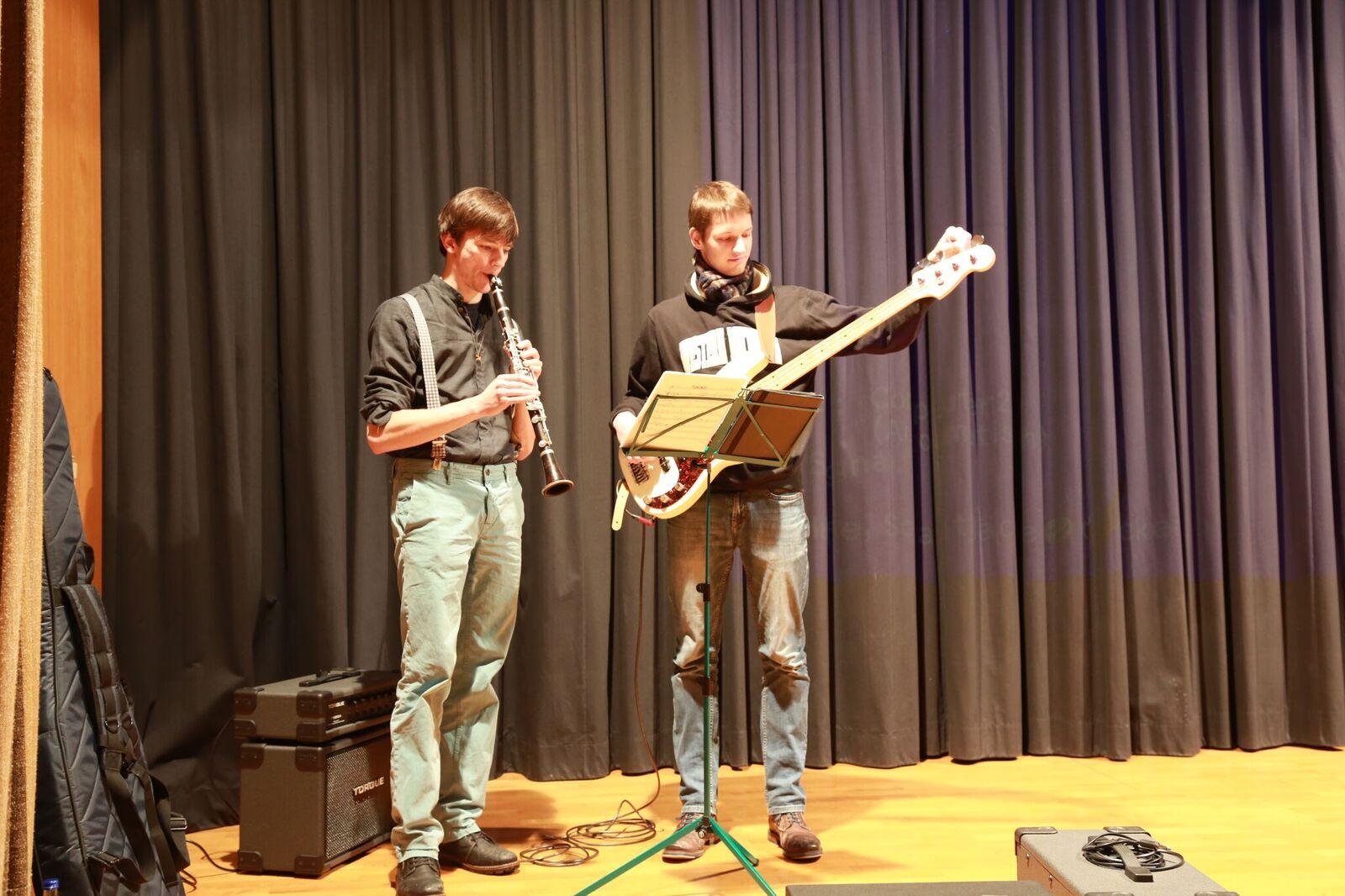 Musikalische Gestaltung von Benedikt und Max
