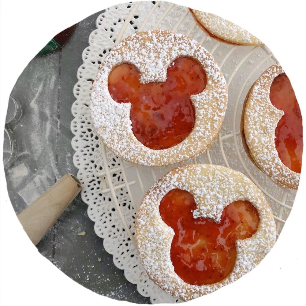 YUMMY : La recette Des Biscuits Mickey à La Fraise!