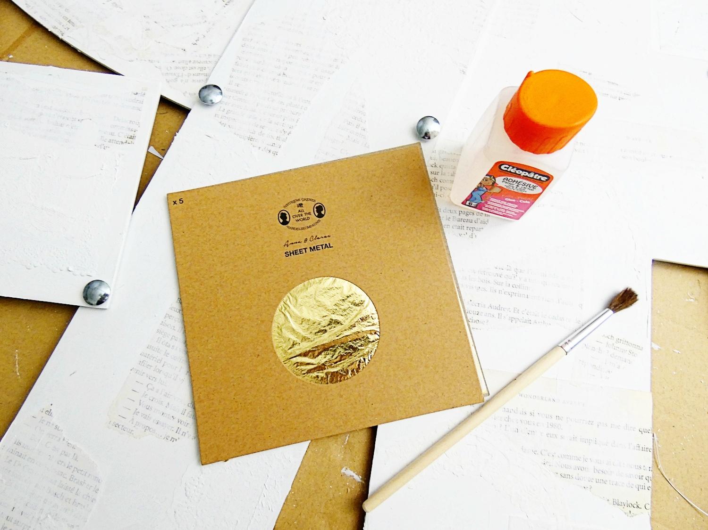 De la feuille d'or en touches délicates