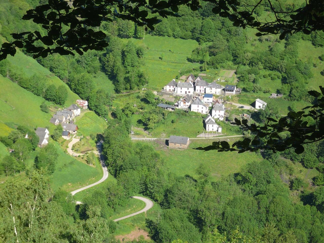 Les gites et le village