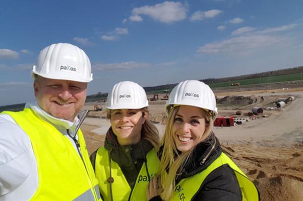 paXos Team auf der Baustelle