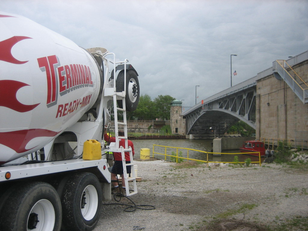 Delivering heavy-weight concrete for ODOT bridge counterweights