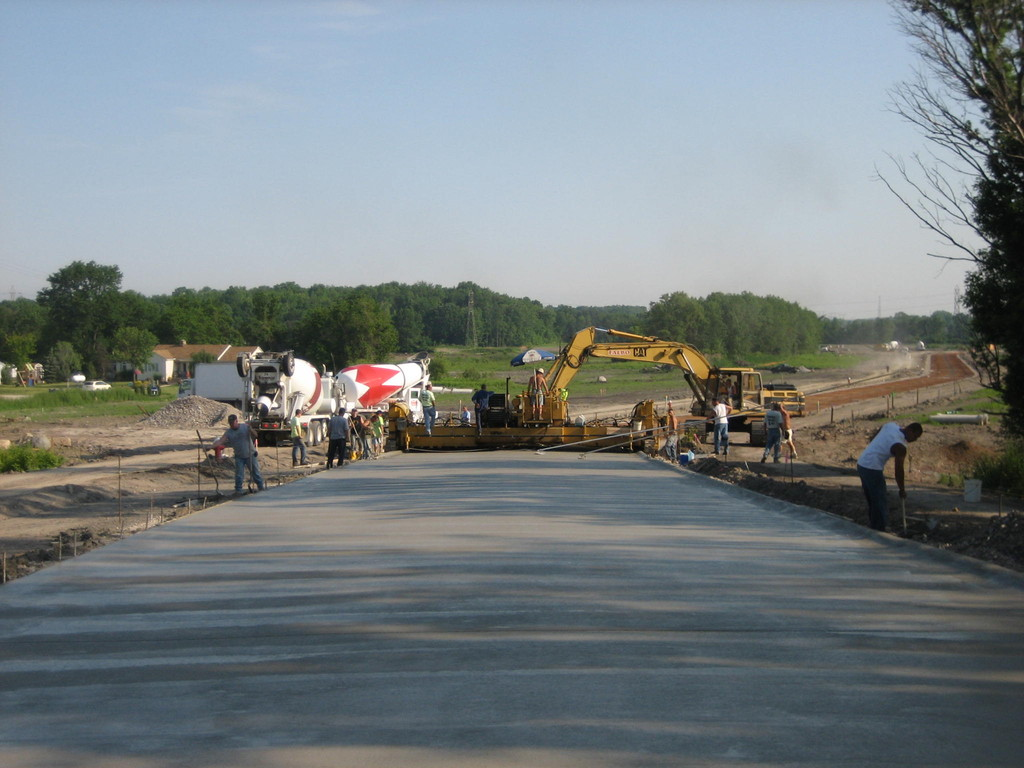 28-foot wide mainline slipform concrete road construction