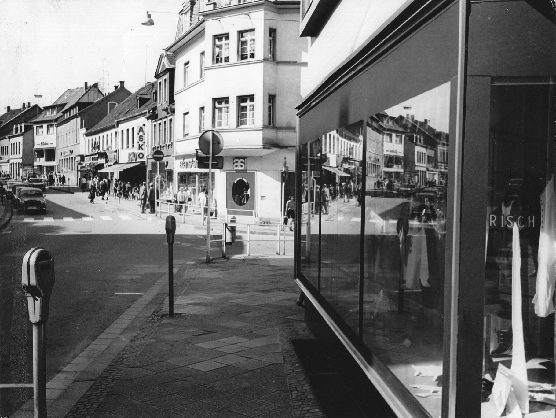 Ecke Rathausstraße um 1970