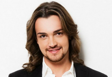 Valerio Scanu, instagram, facebook, youtube, video, management agenzia contatti manager feste di piazza, concerti, ingaggio, foto, poster, calendario date,