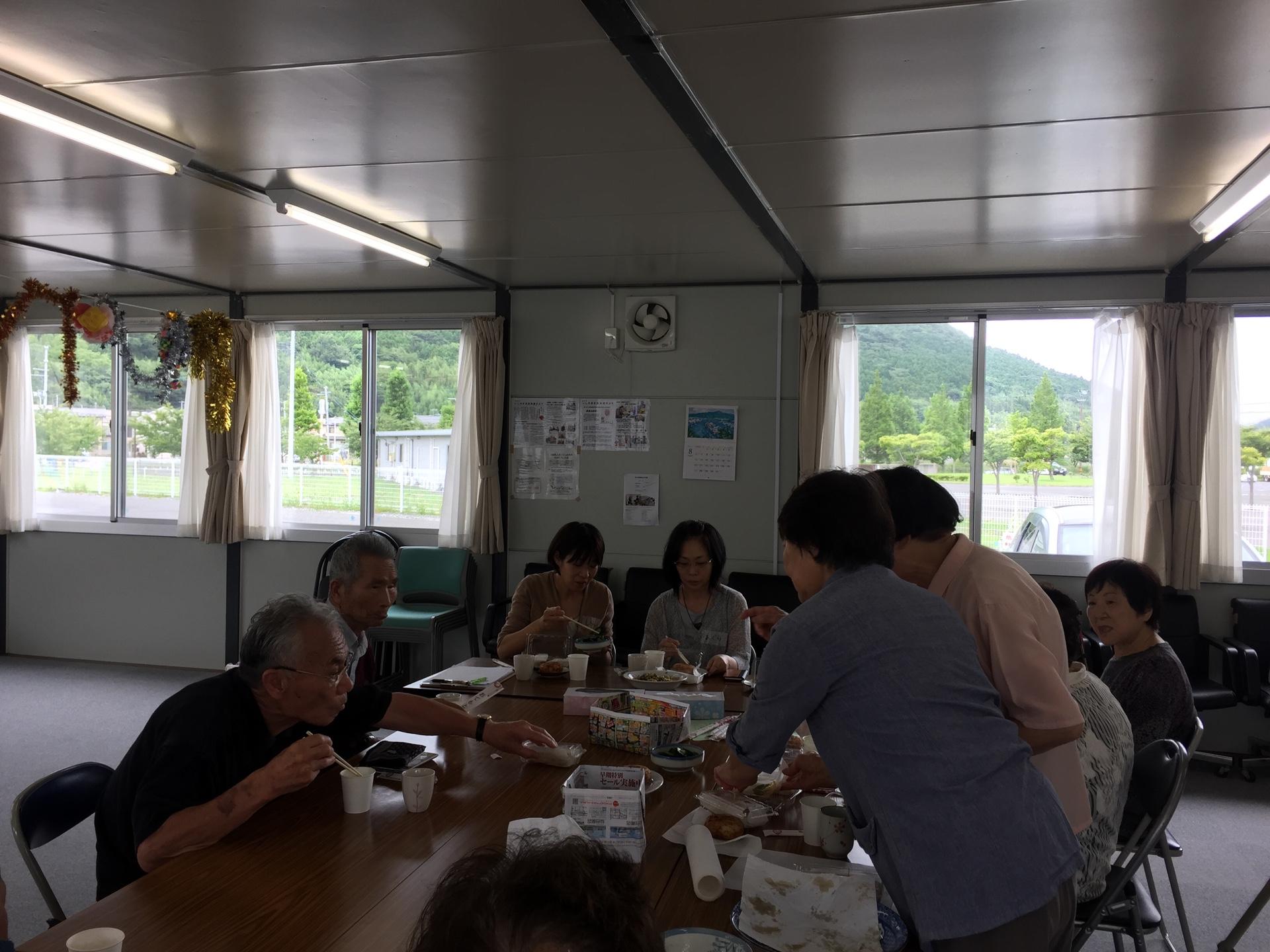 東北仮設住宅ボランティア(皆さんと一息・ご飯をごちそうになりました☆)@気仙沼