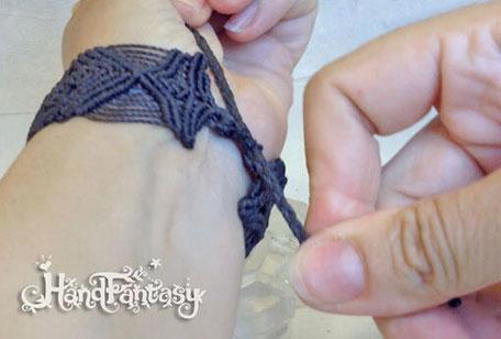 Cierre ajustable mediante nudo corredizo