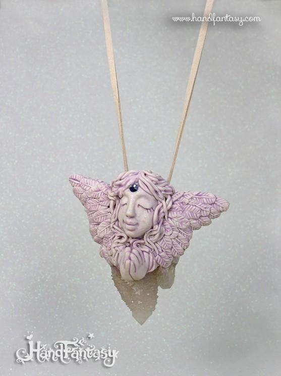 Colgante Ángel con Cuarzo Espíritu cactus. Angelito con cristales, Colgante ángel de la guarda, collar de ángel