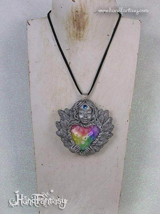 Colgante Ángel plateado con Cuarzo Solar arcoiris. Angelito con cristales, Colgante ángel de la guarda, collar de ángel, ángel plata