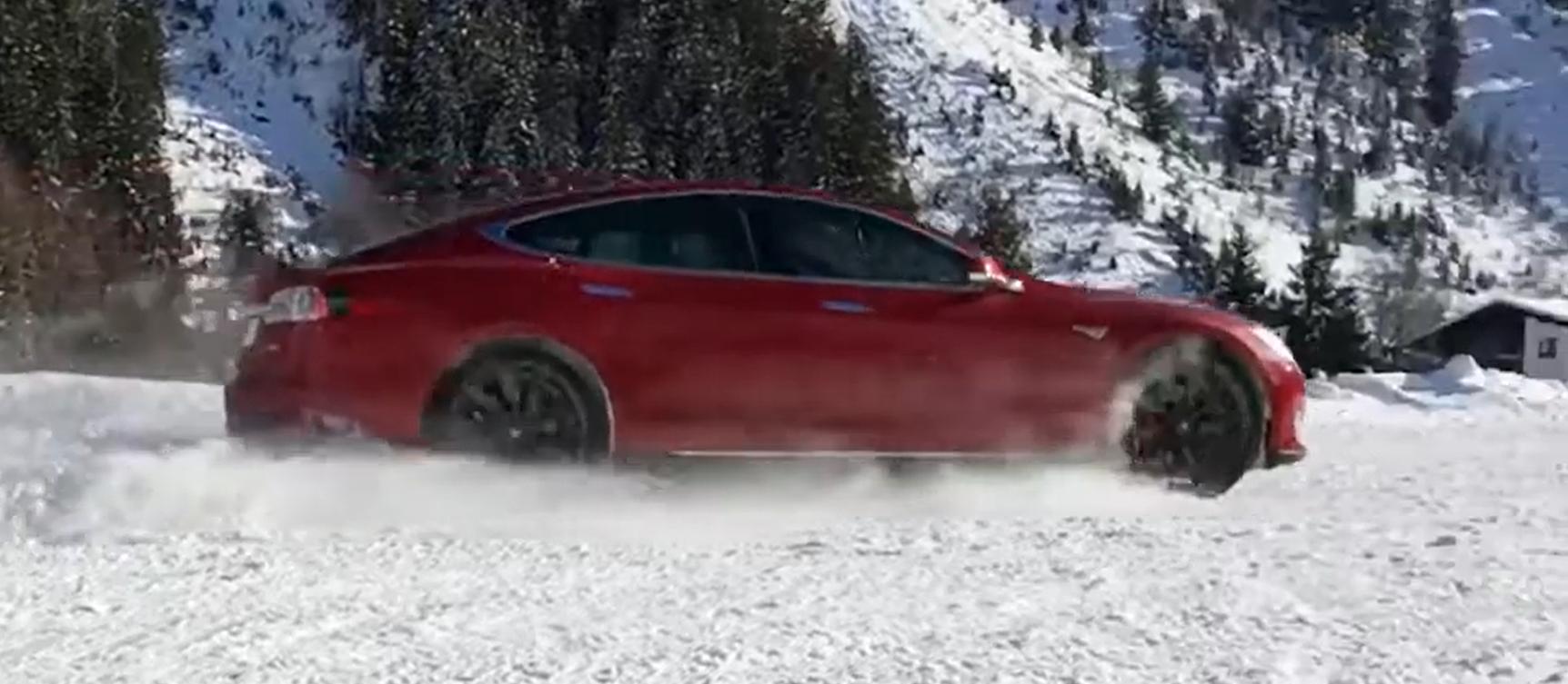 Front- oder Heck-Antrieb beim eAuto für den Winter in bergiger Landschaft? VW ID.3 & Hyundai Kona mit klarem Ergebnis in verschneiten Bergen getestet - Wende!