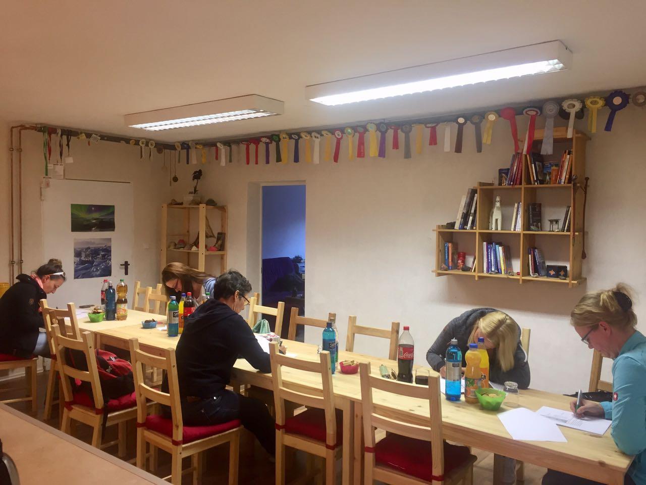 Zentrum für Pferdegesundheit: Seminarraum im Winter