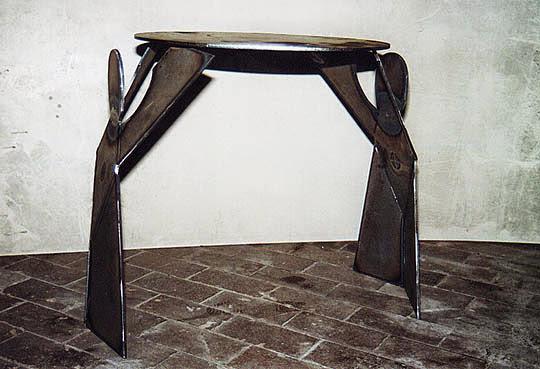 Tisch    1999