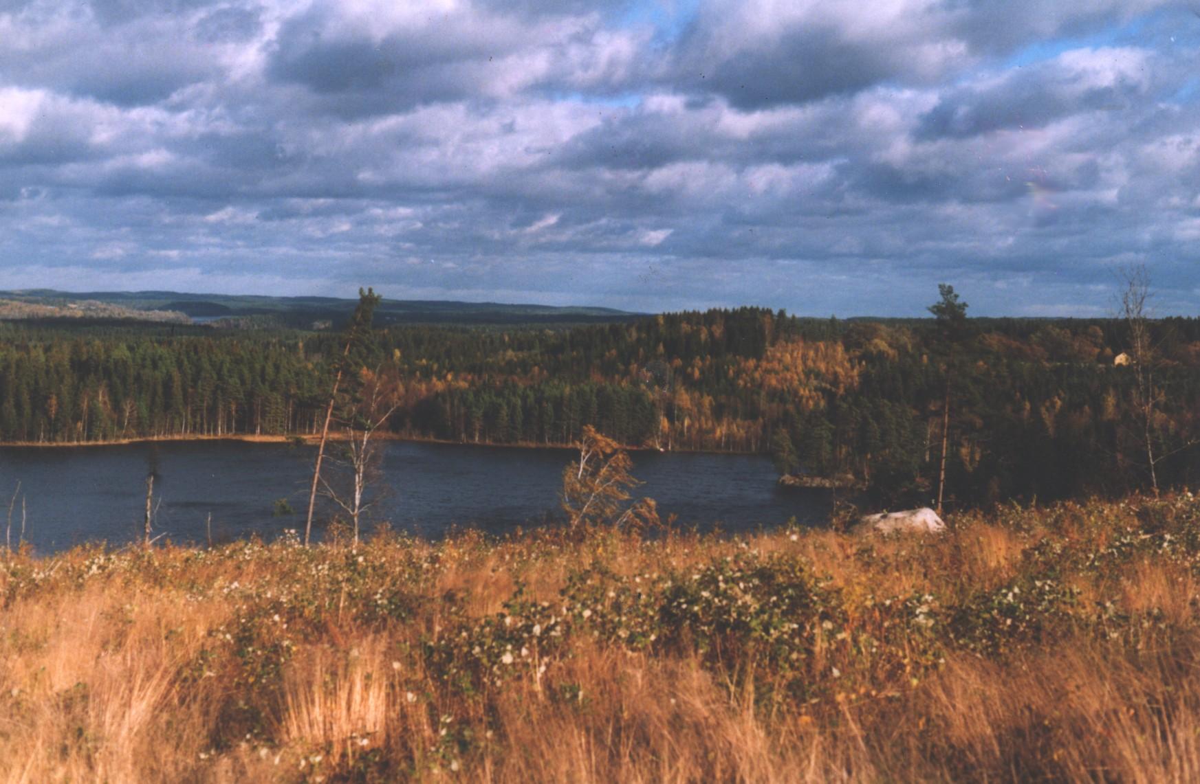 Der Ekekulssjö im Herbst