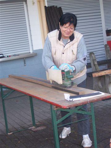 Restaurierung der Bänke