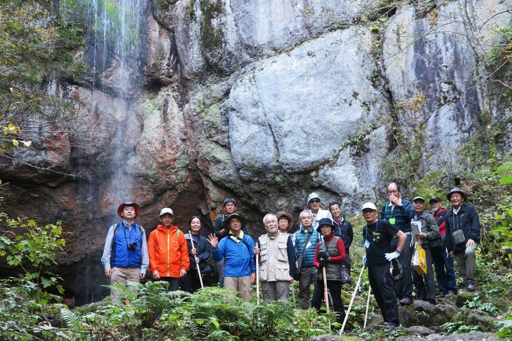 山彦の滝で記念撮影