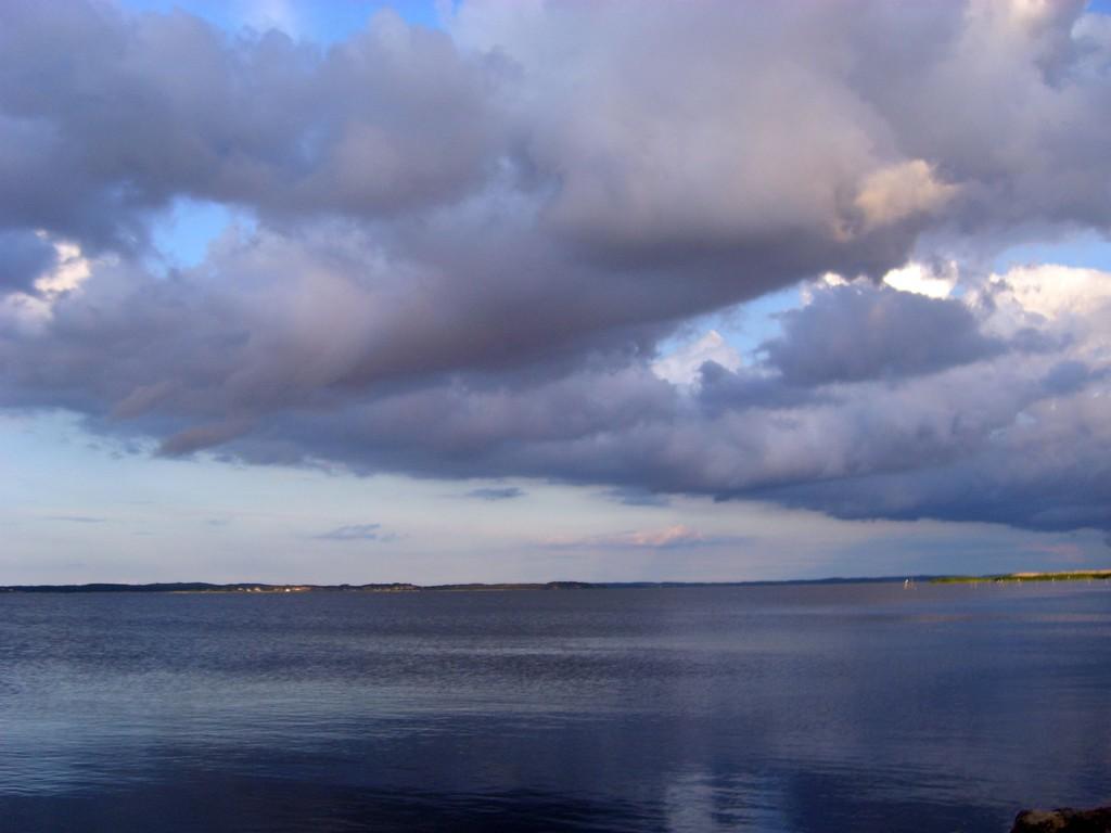 Wolken überm Usedomer Hafff (7/2009) - © Betonwolke