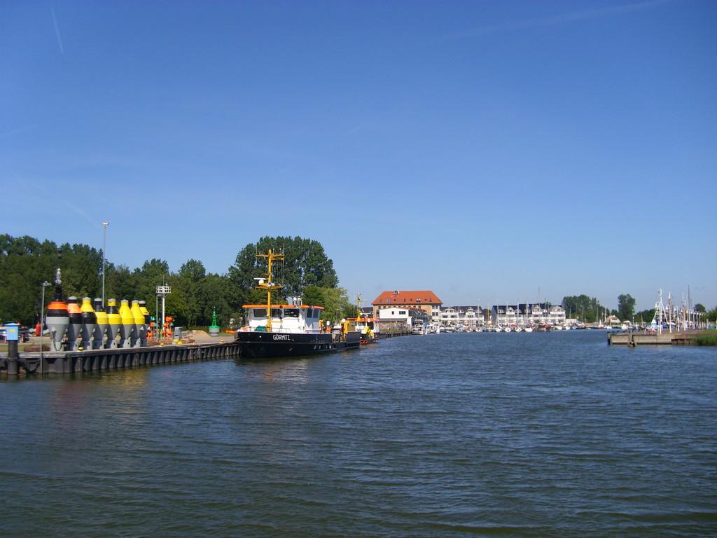 Einfahrt Yachthafen Karlshagen 8/2008 - © Betonwolke