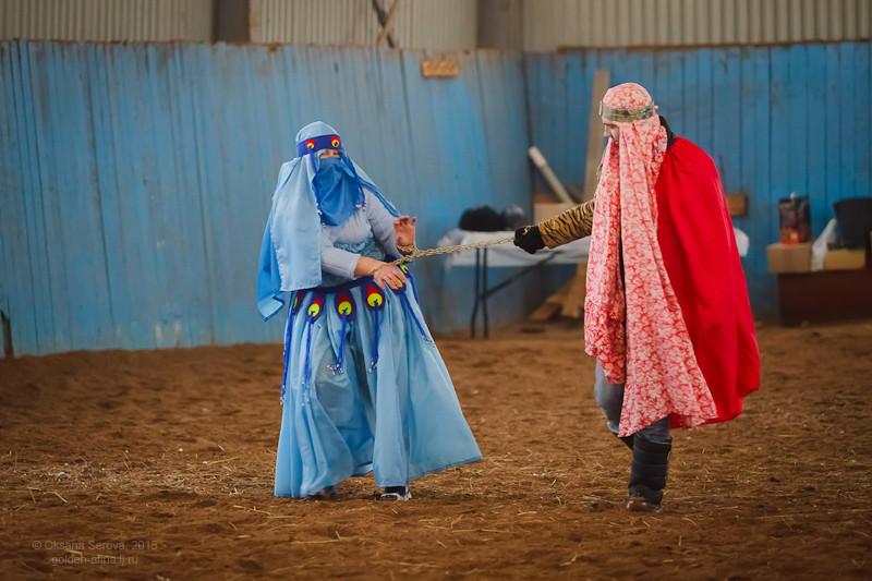 Ольга и Тимур Муллахметовы в роли персидской девушки и стражника