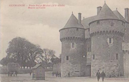 Guerande, porte Saint-Michel - charette pour le transport du foin
