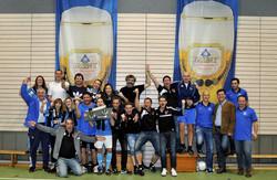 Veranstalter und Sieger freuen sich beim dritten Farny Lattencup der SG Argental. Foto: szon.de