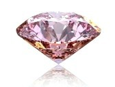 Bei farbigen Diamanten spricht man auch von ' fancy colored ' Diamanten. Einige Farben sind sehr selten und werden daher entsprechend hoch gehandelt. Dennoch bleibt jeder Diamant unabhängig von Farbe ein Unikat.