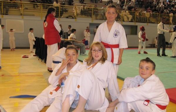 Juin 2010 - Léa, Tiffany, Jocelin et Dylan