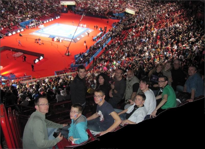 Une partie du Karate Club de St-Nicolas s'est déplacée pour soutenir la France