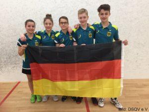 Das U15 Team mit Flo Stöger ( 2.v.rechts )