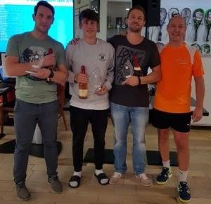 Sieger Herren A-Feld mit Luis Grübel (2. v.l.)