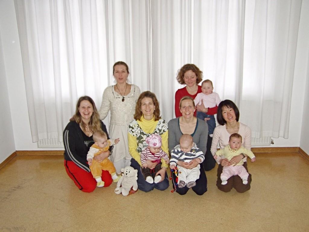 """""""Mami Baby Yoga"""" Frühling 2009 in Bad Reichenhall"""