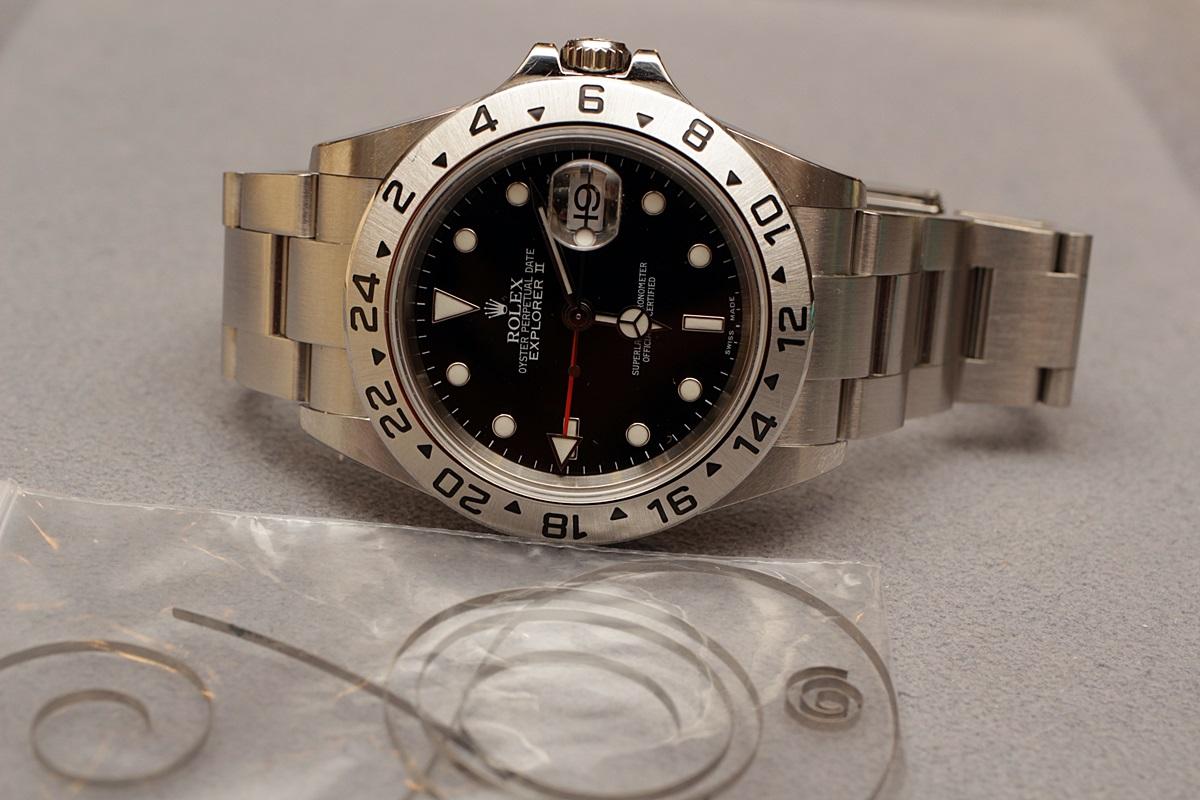 ロレックスやオメガなど、動かない腕時計のオーバーホール修理できます