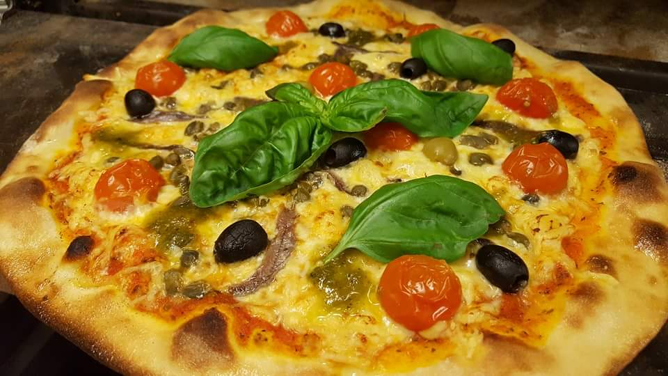 Pizza Napoli ©Fam. Bönsch