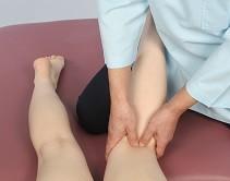 ひざ裏の押圧治療