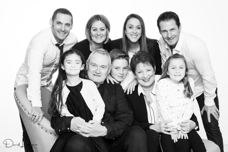 shooting famille avec Maryse- studio photo Danimages dans l'oise