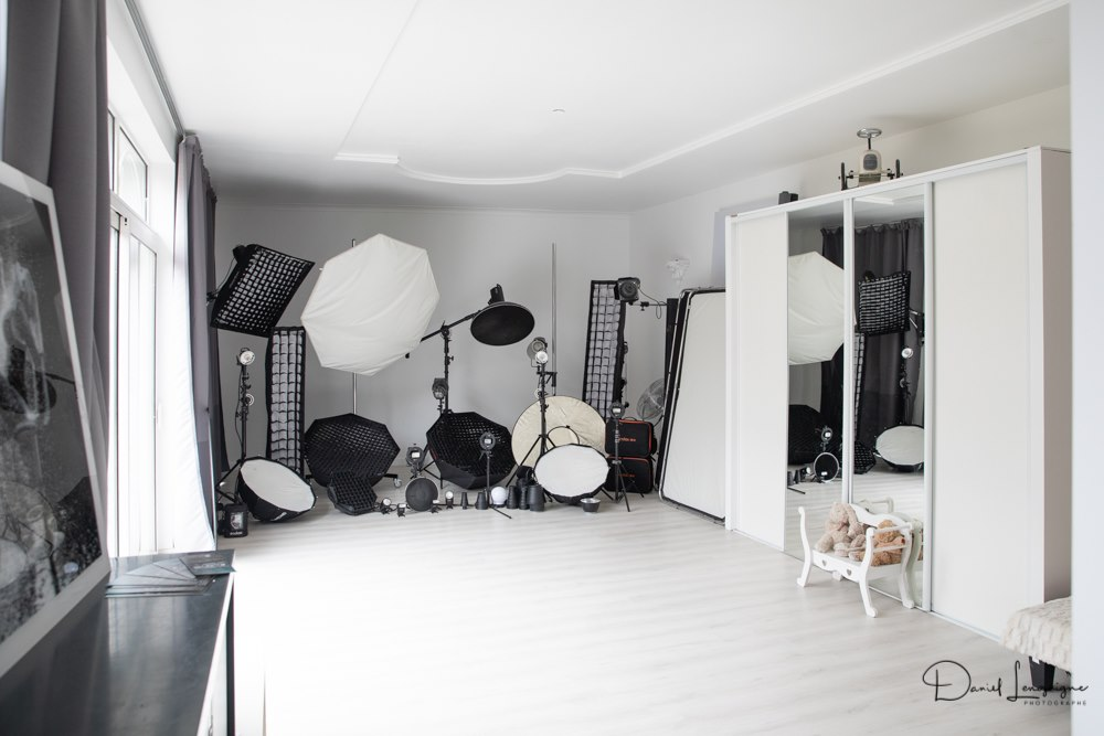 Le studio photo situé dans l'oise aux portes du Val d'Oise entre Pontoise et Beauvais.