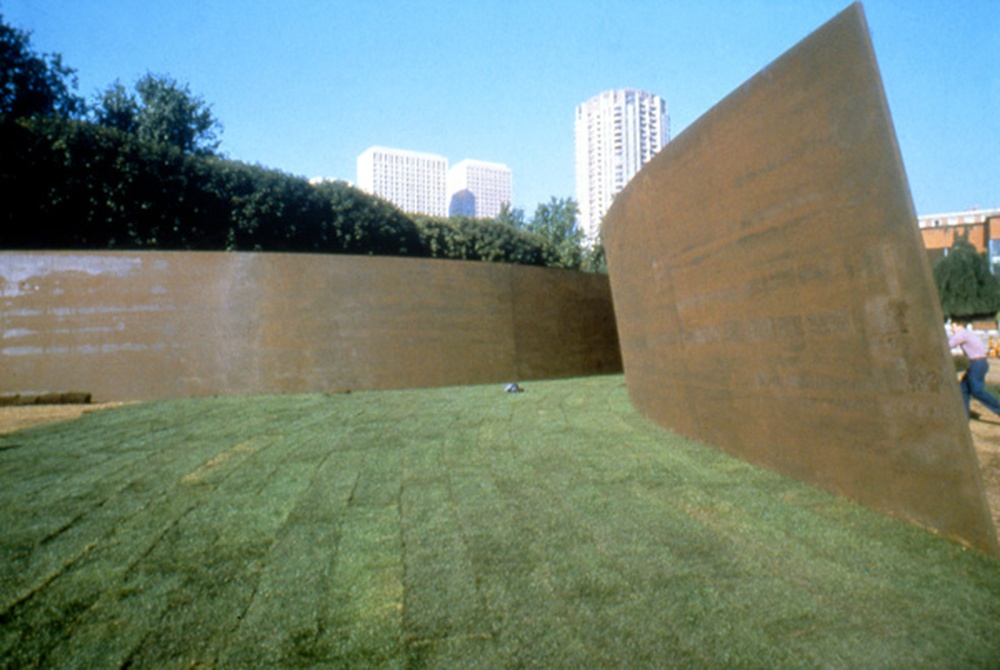 sculpture / Clara-Clara, Richard Serra, Paris, 1983