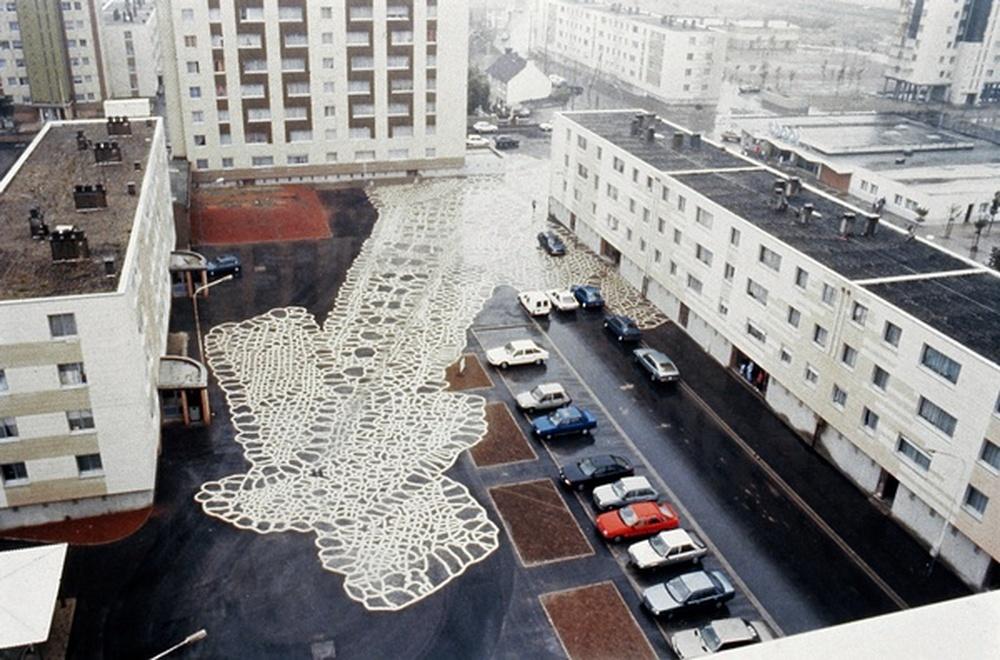 sol / François Morellet, Calais, 1989