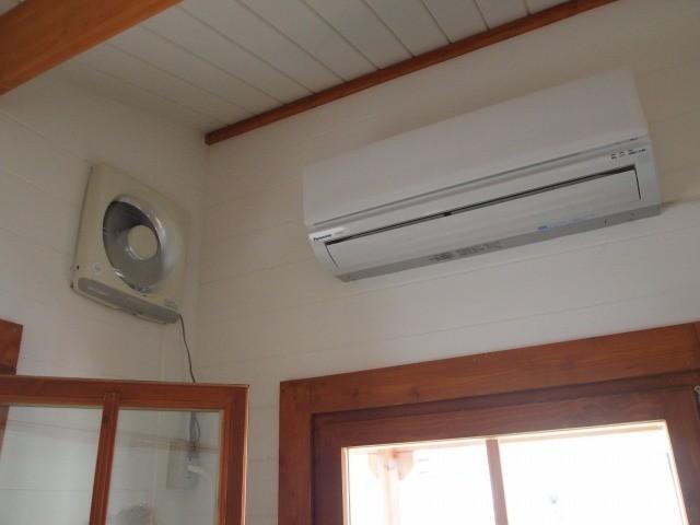 てづくり工房内の温度管理もきっちり行っています。
