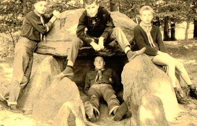 Von links: Bernd Kuhfahl, Rudolf Wieck, Sohni Fürst liegend: Jürgen Passig