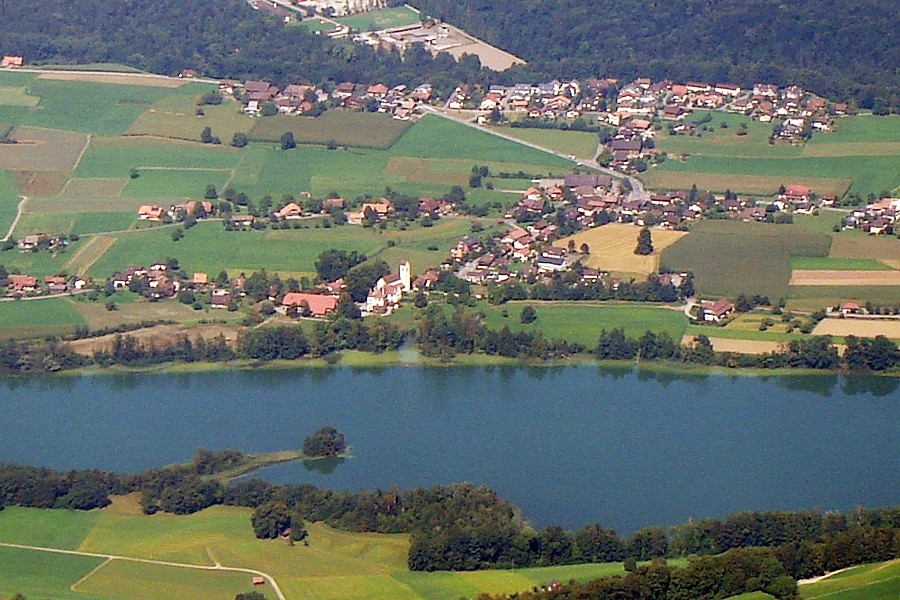 Zur Belohnig e wunderbari Ussicht ufs Gürbe- u Aartau, Amsoldinge-See