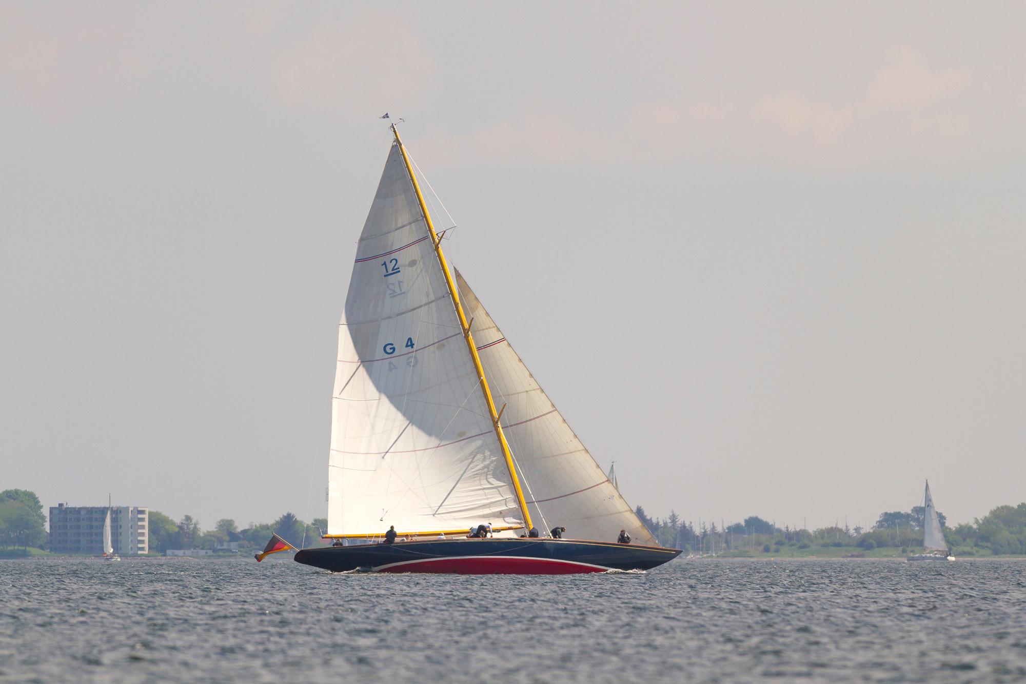 Segelyacht vor den Ochseninseln