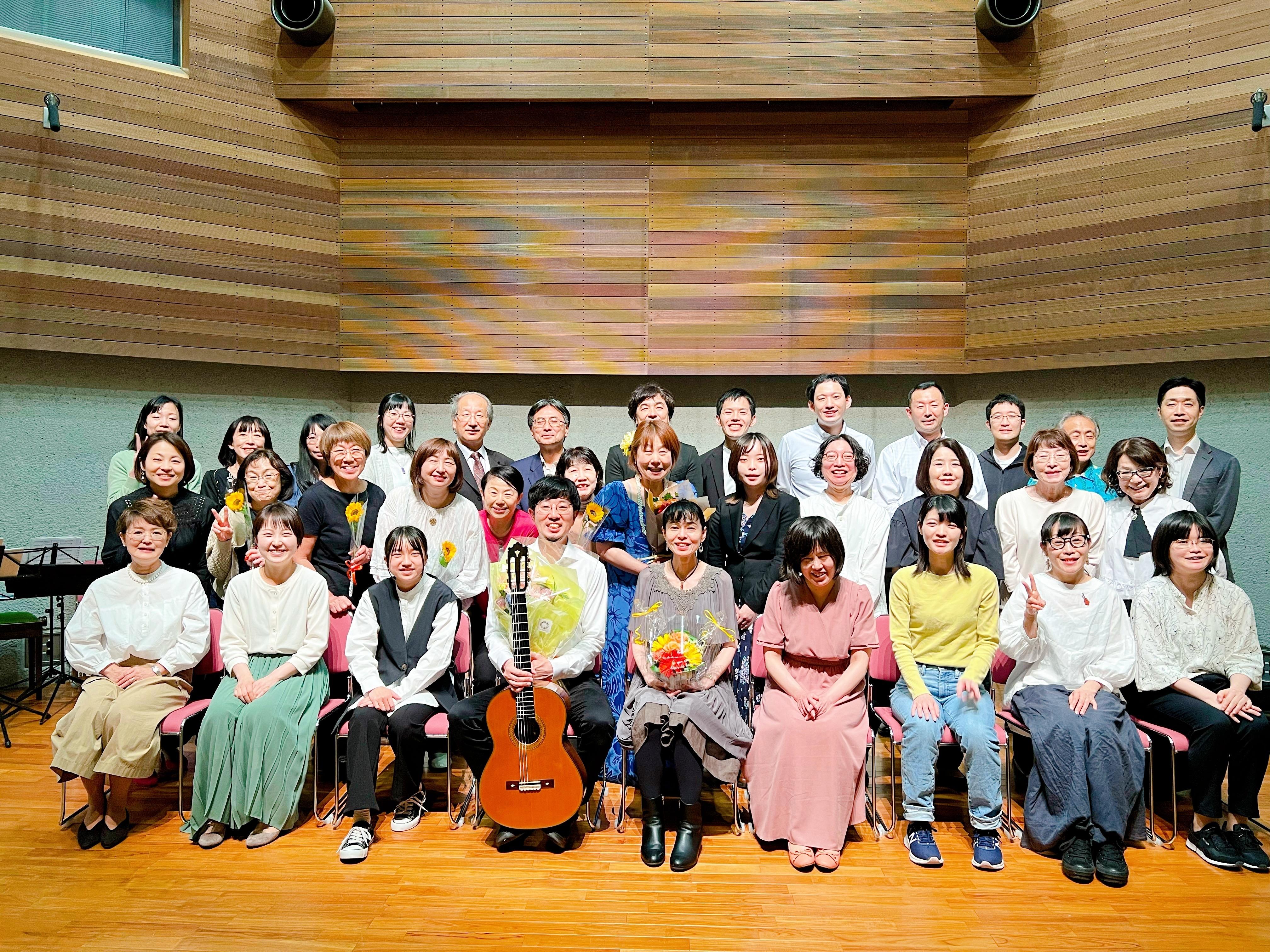 ギター教室ウクレレ教室発表会演奏