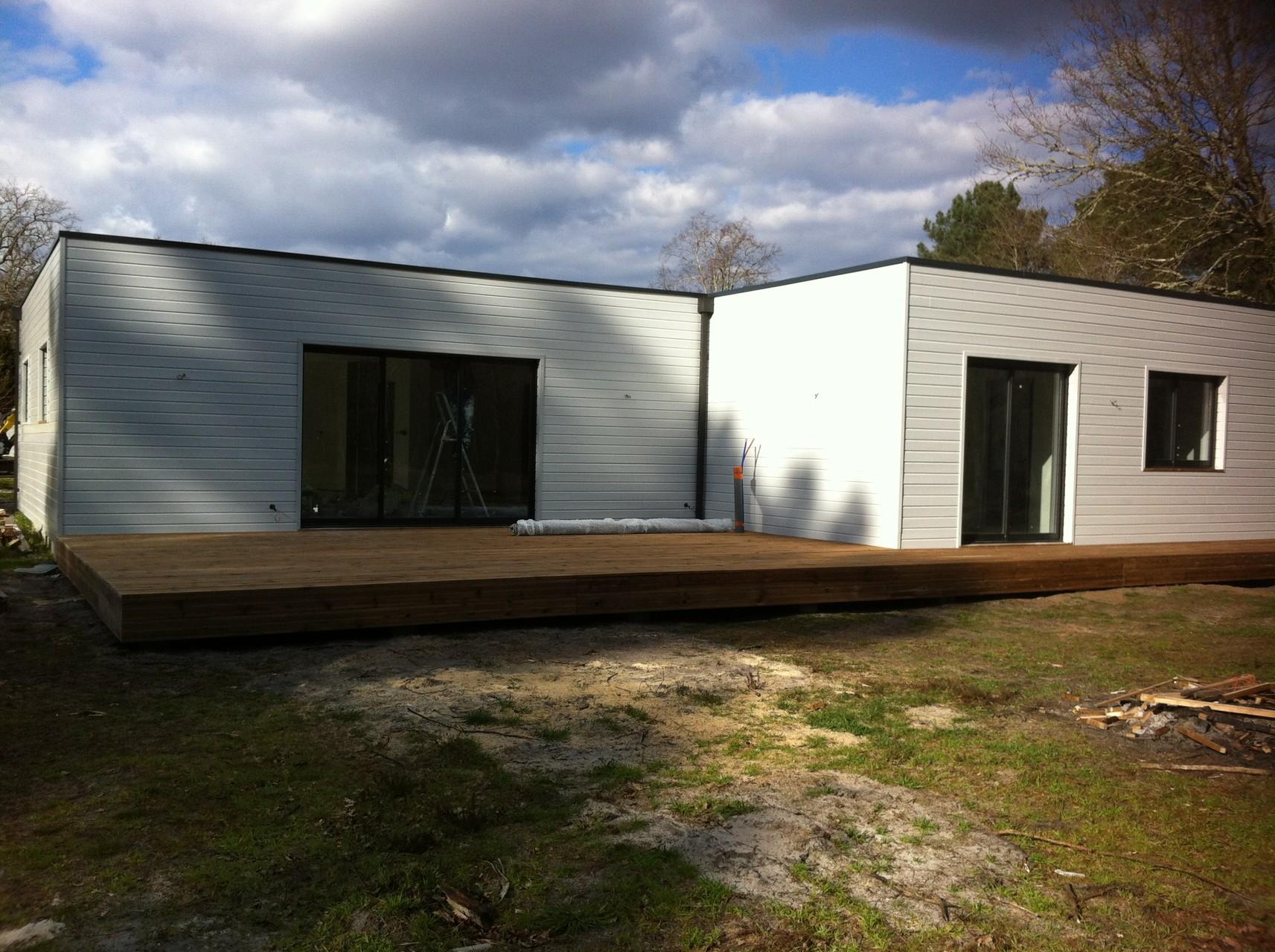 Constructeur maison toit plat gironde for Constructeur maison en bois toit plat