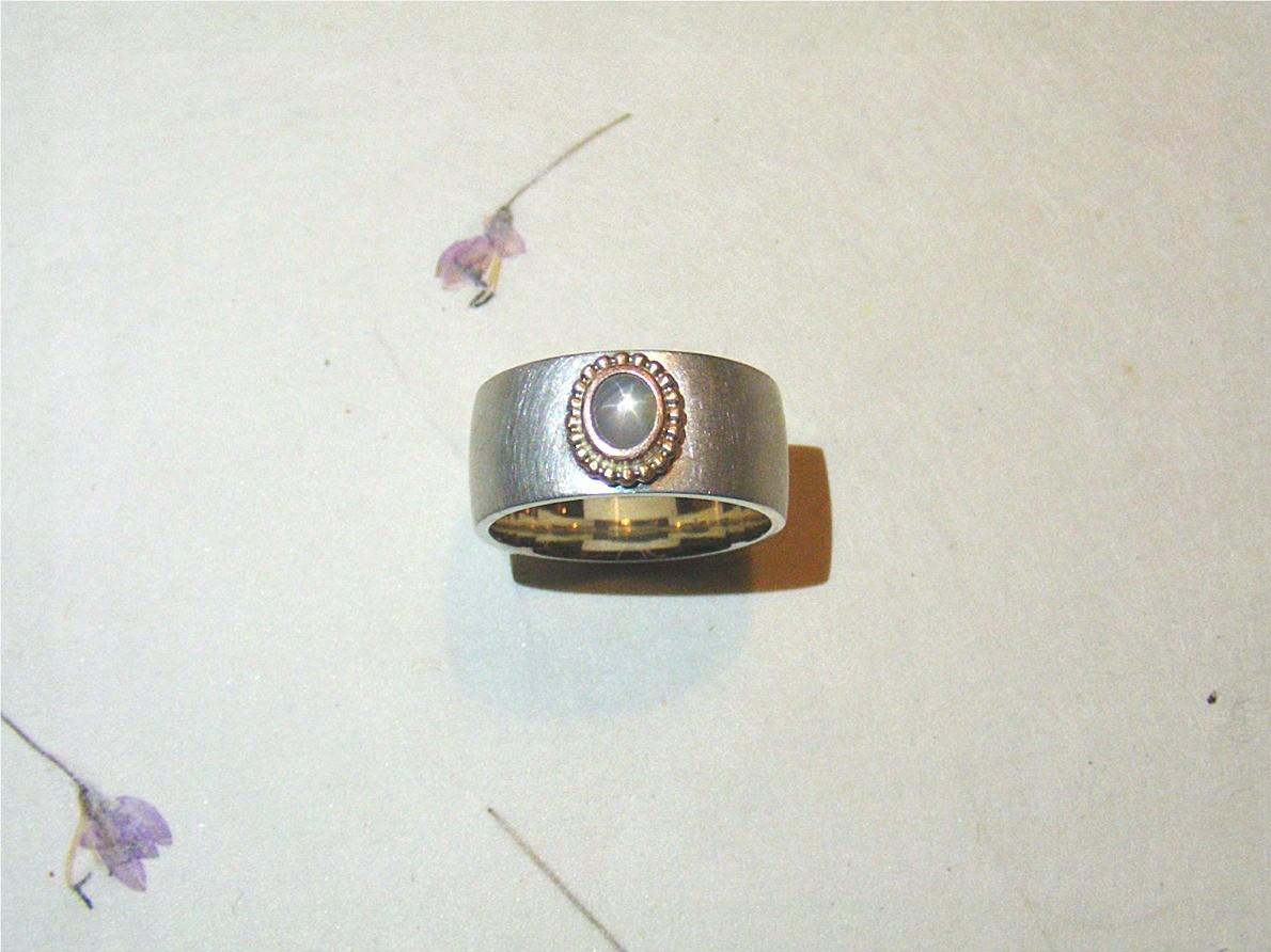zilver, 14kt roodgoud en witte sterkorund