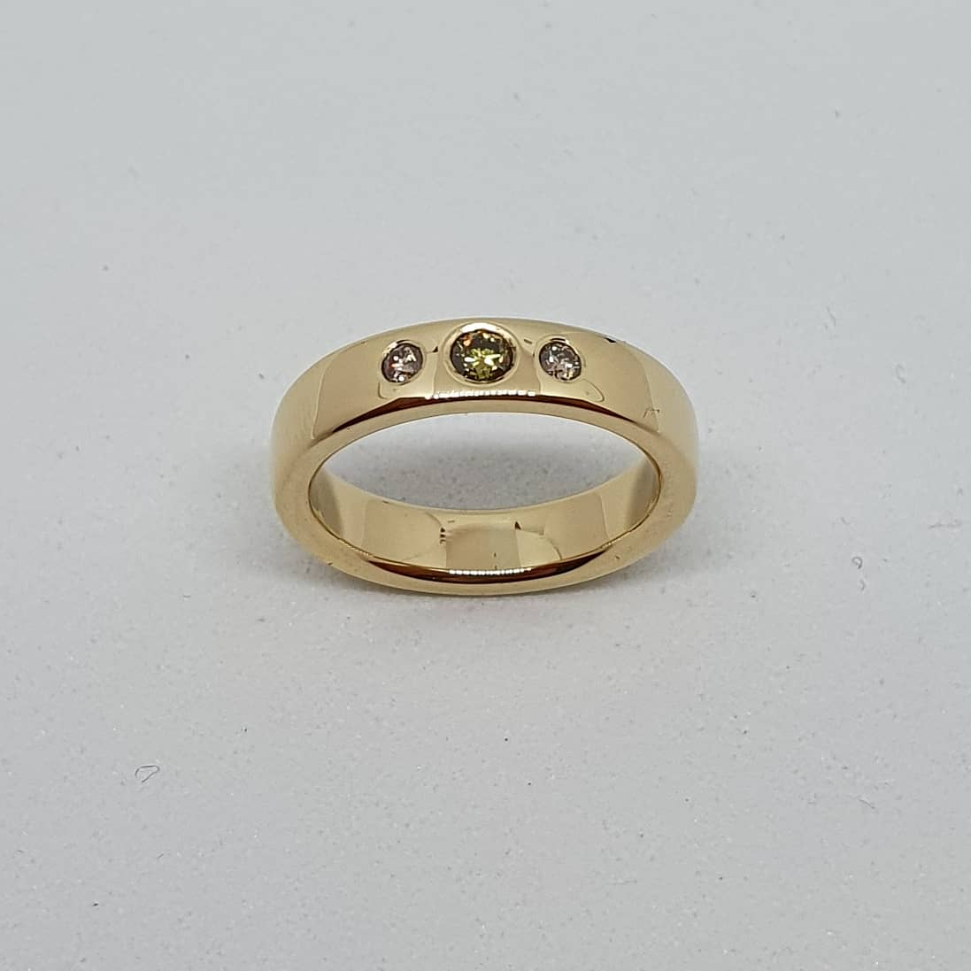 verlovingsring 14kt geelgoud en diamanten